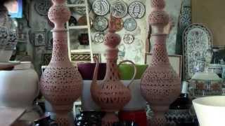 Набель. Город мастеров керамики. Удивительный , вызывает восхищение.  Мы здесь накупили сувениры.(Набель действительно интересный красивый город. Недалеко от Хаммамета, 15 минут на электричке или на автобу..., 2014-03-29T00:56:14.000Z)