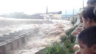 ENCHENTE EM RIO LARGO.MPG