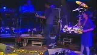 Zero 7 - Waiting Line (Glastonbury 2004) 6of14