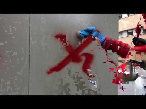 Limpieza de graffitis en Cuadro eléctrico con proteccion antigraffiti PLX CRISTAL