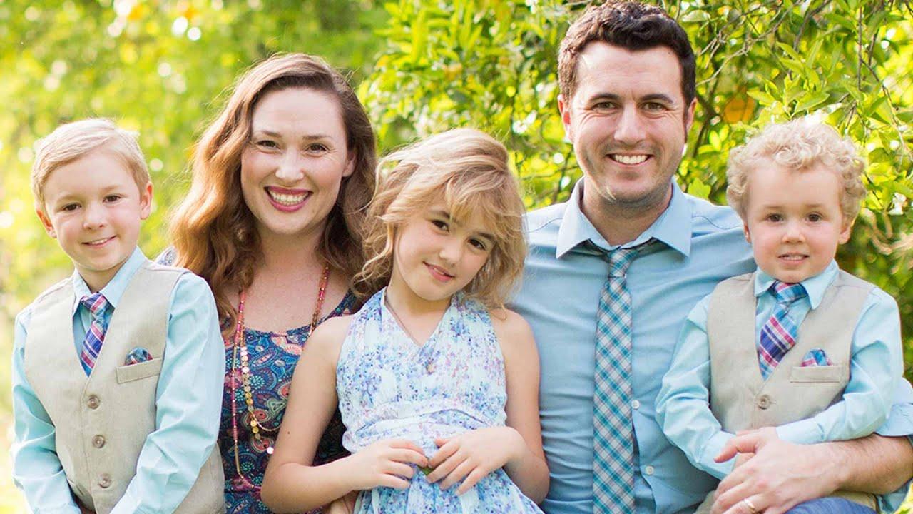 Family Picture Meet The Ballingers Ballinger Family Channel Trailer 2016 Youtube