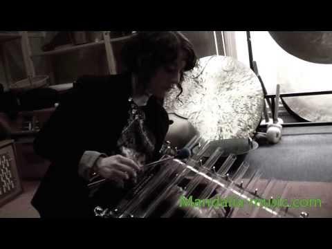 Mood et la harpe de cristal