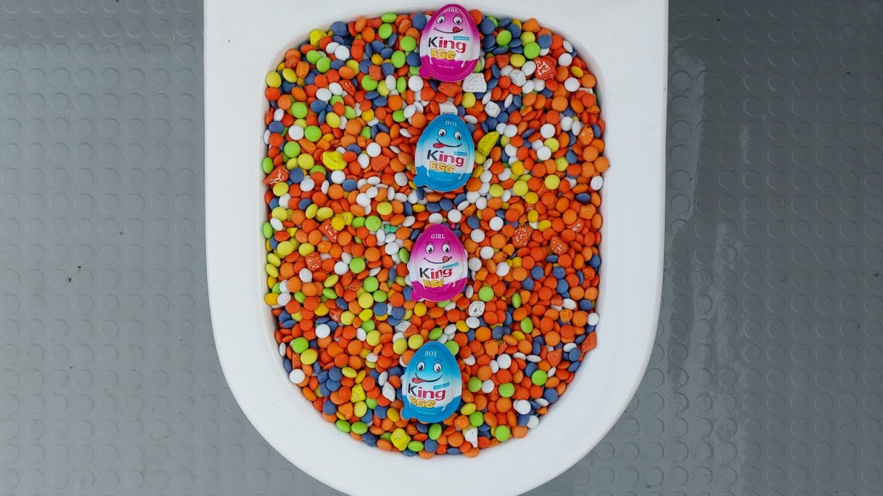 will it flush? king eggs with M&M