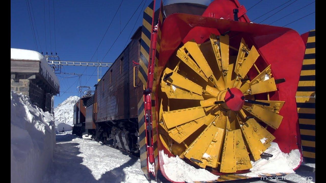 Snow Plow With Steam! - Dampfschneeschleuder am Berninapass - YouTube