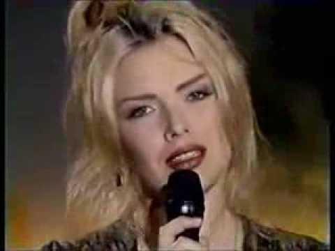 Kim Wilde Love is Holy 1992