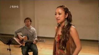 東日本大震災で被害を受けた方々へ思いを込め 「ちから」、「君にとどけ」、「スタートライン」を アコースティックバージョンにして歌いま...