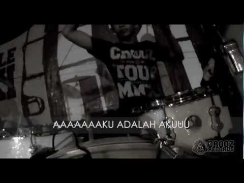 THIRTEEN - AKU ADALAH AKU (OFFICIAL FOOTAGE + LYRIC VIDEO)