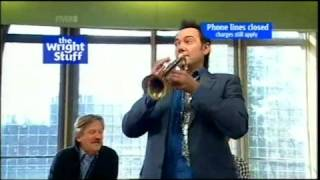 TWStuff - Craig Revel Horwood blows his horn (03.10.08)