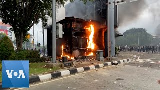 Protesters Clash With Police in Indonesia