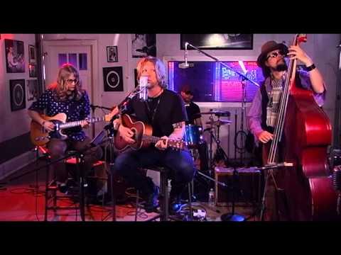 """Devon Allman """"Turn Off The World"""" (Sun Studio Sessions)"""