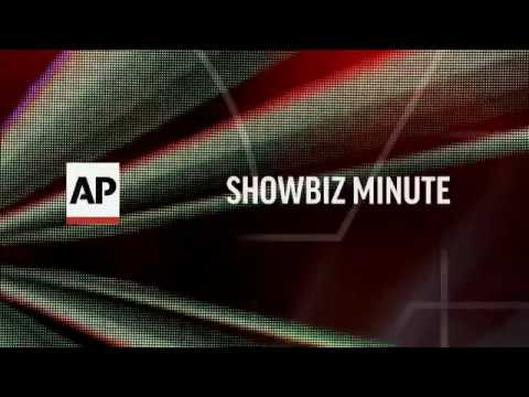 ShowBiz Minute: Foxx, Lee, Blackout