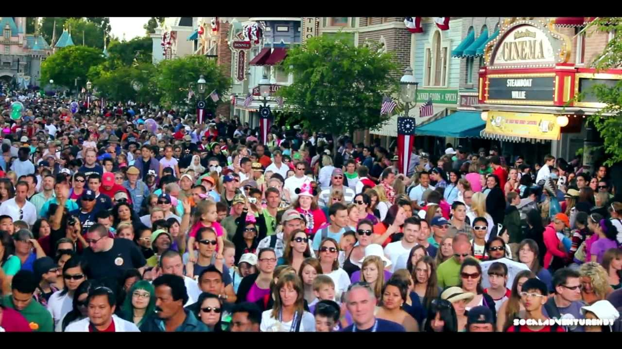 ... Crowd Exiting Disneyland in HD - Crowded Disneyland EVER! - YouTube