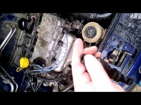 Замена датчика скорости и холостого хода Renault Logan