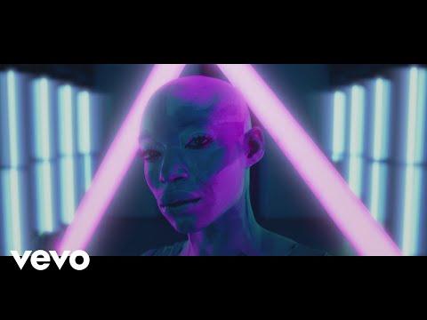 Maluma (Tradução) – Puesto Pa' Ti (Letra) ft. Farina