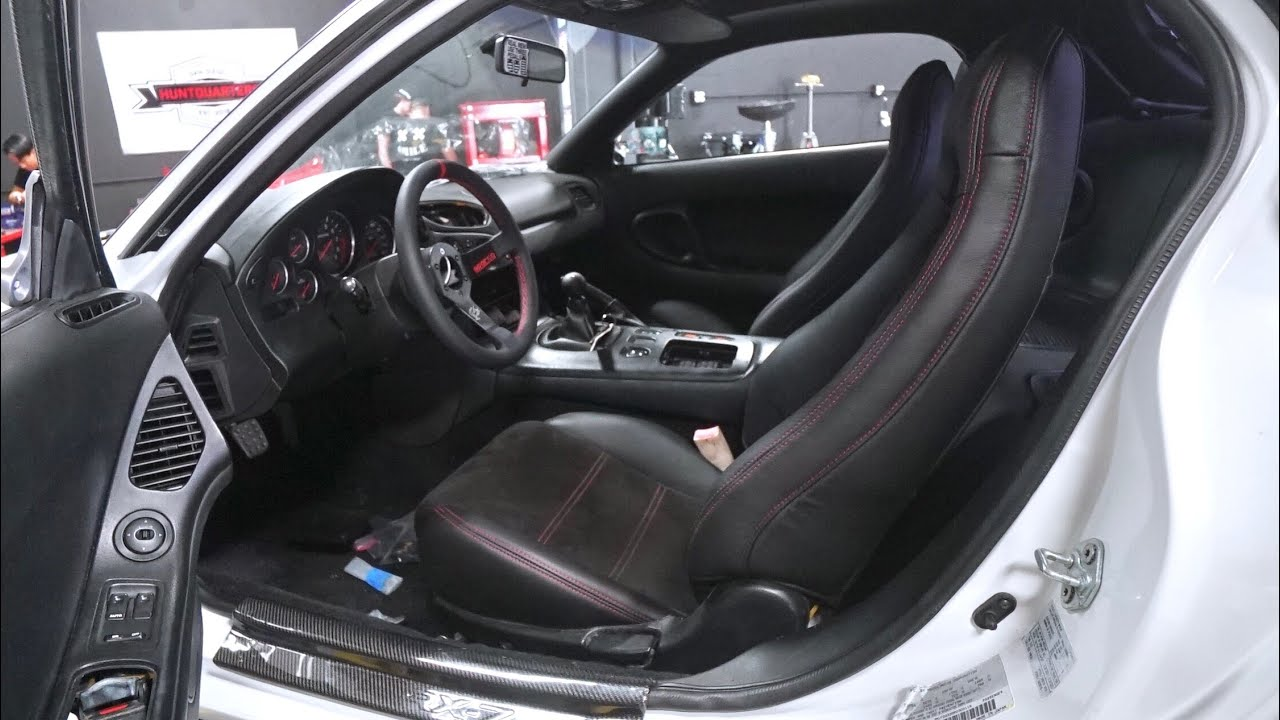 rx-7-seats-restored-in-alcantara-and-leather