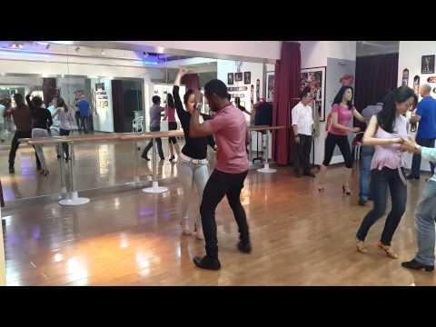 Beijing Salsa Club: Inside turn