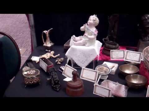 Vintage Glassware and Decorative Arts