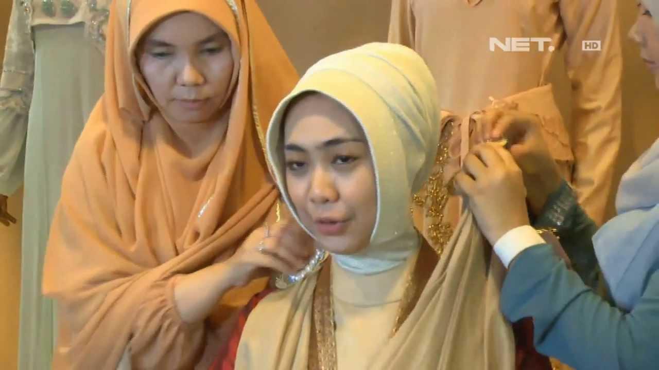 Entertainment News Oki Setiana Fitting Baju Pengantin