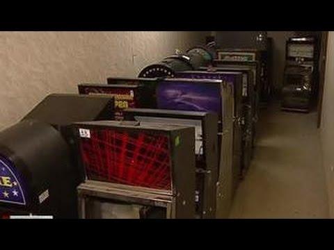 В Москве из управы исчезли 40 игровых автомата, изъятые из подпольного казино