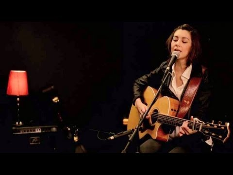 Katy Perry - Wide Awake (Hannah Trigwell ft. Daniel of Boyce Avenue)
