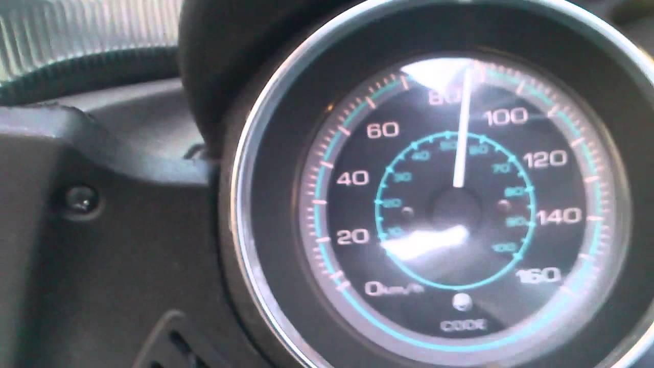 piaggio xevo 125 acceleration 0-100 - youtube