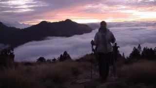 Бутан. Мистическая страна. Из Непала в Бутан(Королевство Бутан — «страна дракона-громовержца». ... «Тёмные и узкие горные долины, вершины гор, затерянны..., 2011-02-04T13:25:02.000Z)