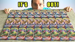 *THE NEWEST POKEMON CARDS SET IS OFFICIALLY OUT!* Let's Open Sword and Shield Packs!