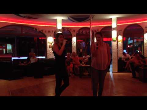Say something - Ilse vd Schans en Wendy Kersten - karaoke