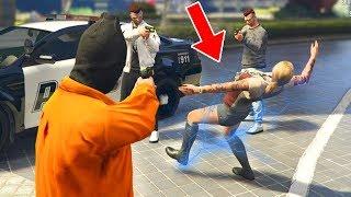 Spieler verarschen in GTA 5 (Spielerin rastet aus) 😂