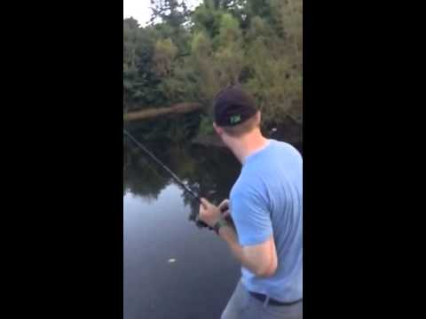 How to Catch Big Catfish with Slugs for Bait