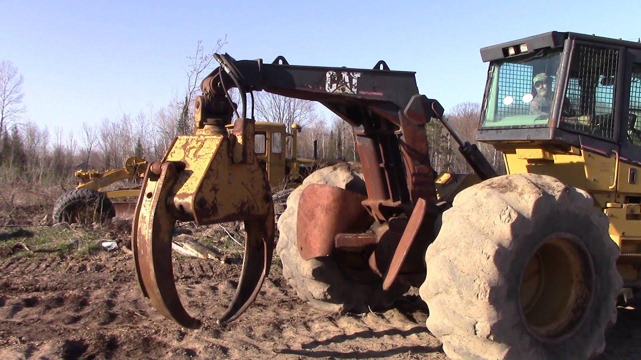 CAT 525 Skidder