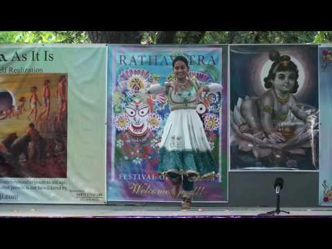 Rathayatra 2010 - Khattak Dance - Chinmayi - 10/14