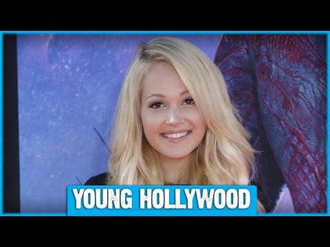 Kelli Berglund On HOW TO BUILD A BETTER BOY & Her Celeb Crush!