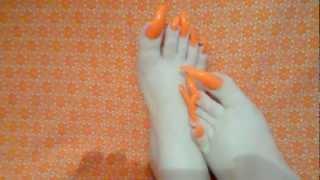 Repeat youtube video My longest orange toenails
