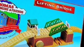 Thomas The Tank Engine & Friends Lifting Bridge For The Wooden Toy Train Railway - 60 Second Reviews