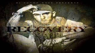 eminem-not afraid (dirty)(lyrics)