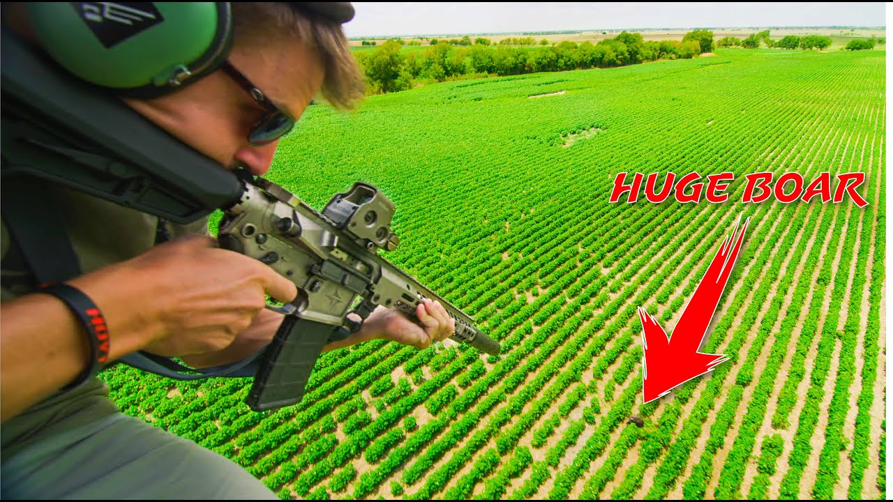 Helicopter HOG HUNT w/ LunkersTV (HUGE BOARS!!)