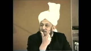 Quranic Discourse. Āl Imran [Family of Imran]: 10 (2) - 13