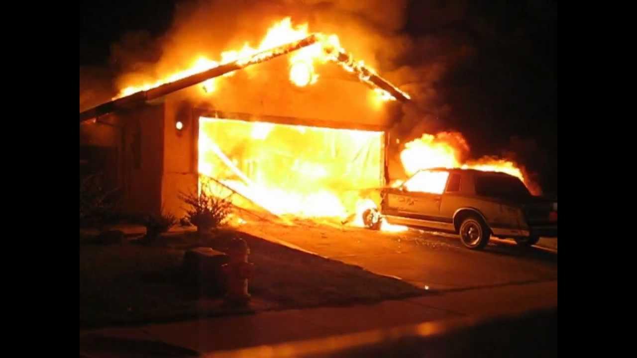 Working Garage Fire Stockton Ca Youtube