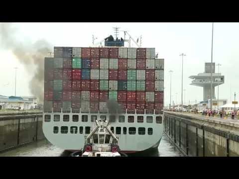 Prueba el barco Cosco Houston el canal de Panamá ampliado