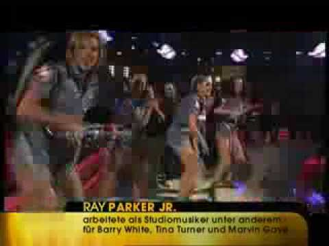 Ray Parker Jr. - Ghostbusters Live (1984)