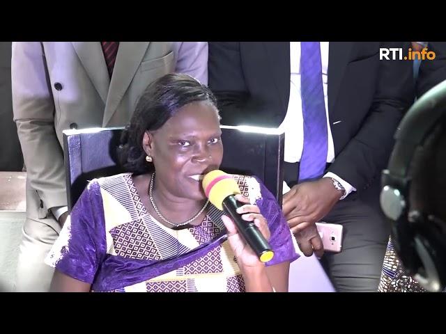Reconciliation des Ivoiriens - 1ère Déclaration de Simone Gbagbo face à la presse et aux militants