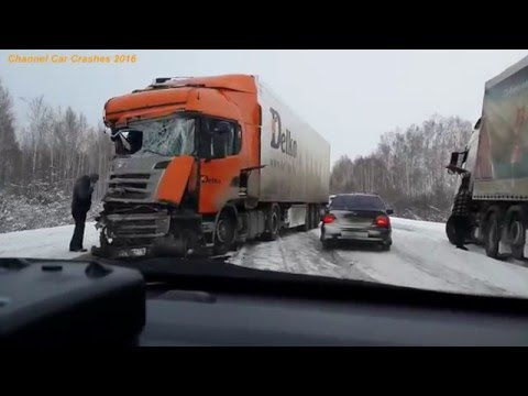 russian car crash compilation 2 1 2016 autounf lle in russland youtube. Black Bedroom Furniture Sets. Home Design Ideas