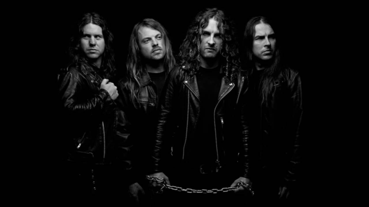 airbourne-breakin-outta-hell-new-single-cocofangus-young