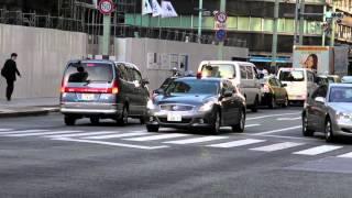 警視庁 覆面パトカー V36 スカイライン 緊急走行 unmarked police car responding