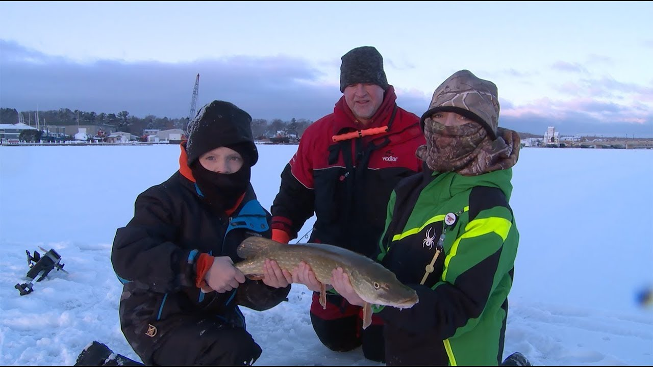 Ice Fishing Door County Wi For Pike Youtube