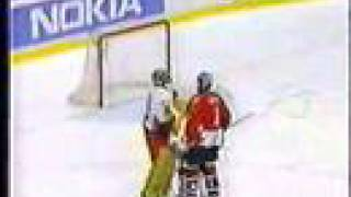 1997 WHC - Canada vs Czech Rep brawl