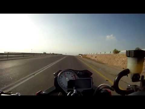 BMW S1000R Panorama Jordan run with low and high side