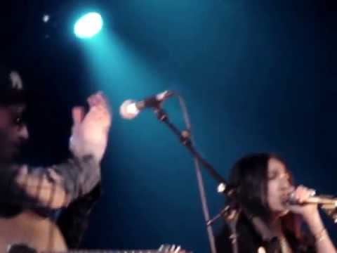 José James & Hindi Zahra - Sword and gun live @L'Alhambra
