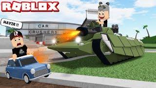 Ateş Eden Tank! Araba Kapışması Oynadık - Panda ile Roblox Car Crushers 2